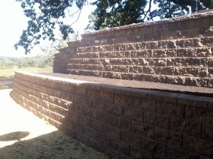 image of properly engineered retaining wall